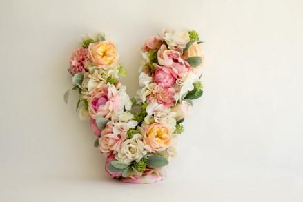 Artificial-Flowers-Custom-Design-Floral-Letter-Hydrangea