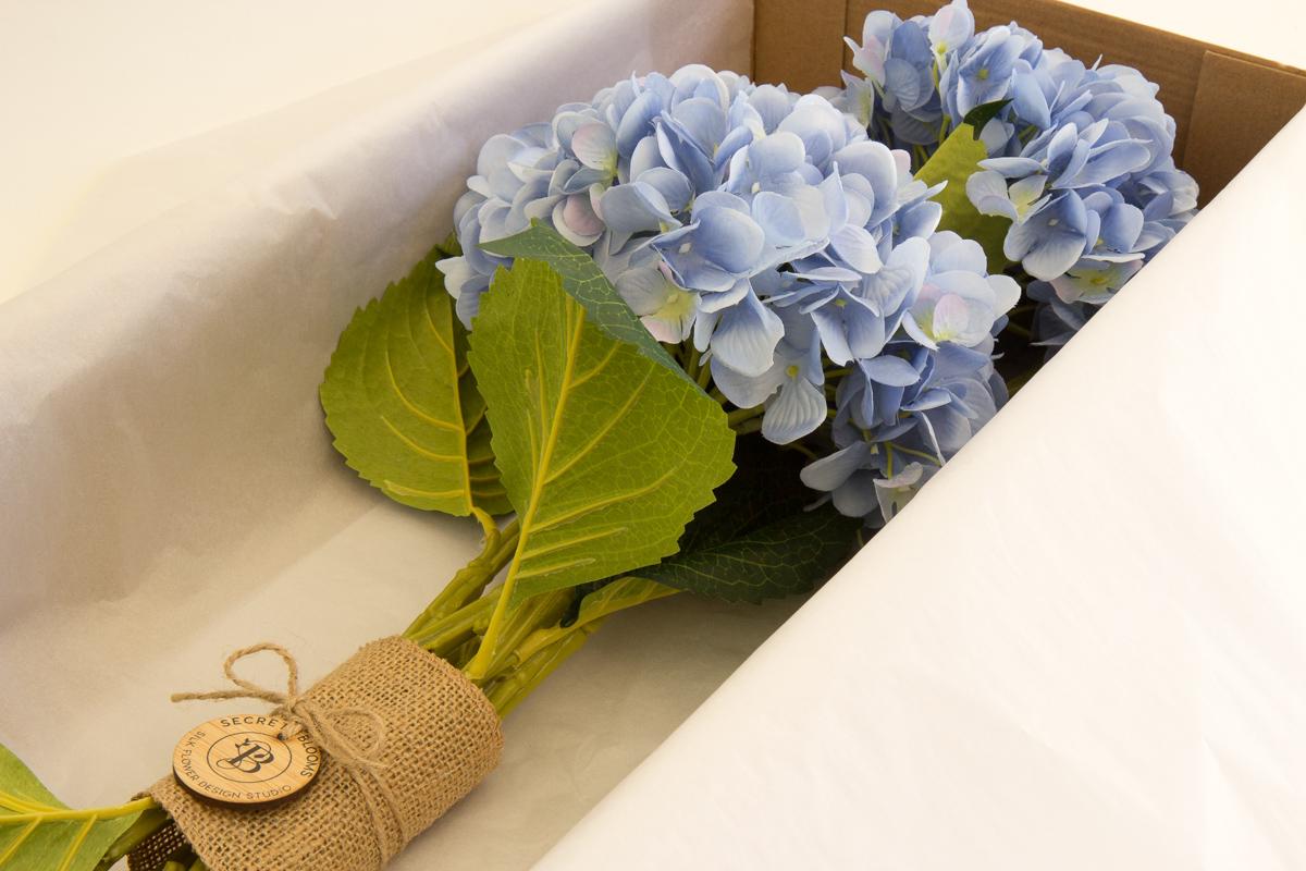 Anne (Blue) | Bouquet | Secret Blooms