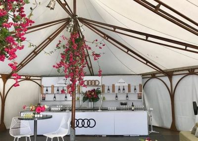 outdoor_event_long_lasting_flowers