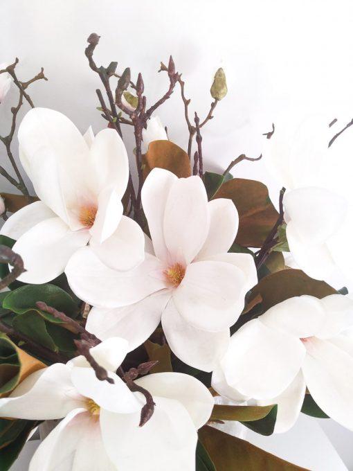 Ava_Latte_Vase_Flowering_Magnolia
