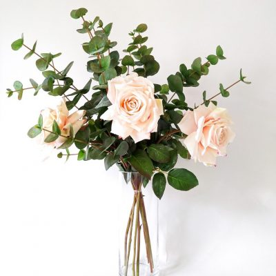 Secret_Blooms_Rosie_Bouquet_Artificial_Rose_Eucalyptus