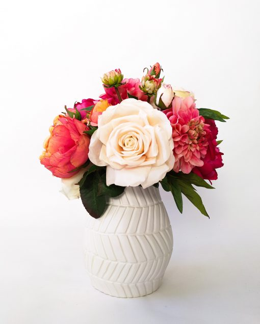 Artificial life-like Rose Dahlia Peony table arrangement