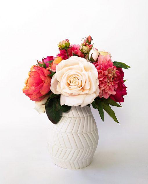 Artificial life-like Rose Dahlia Peony table arrangement