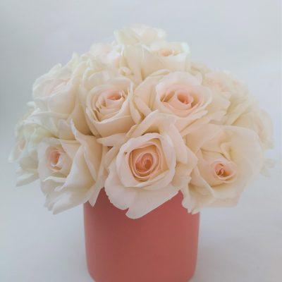 Fresh-Touch-Rose-Arrangement