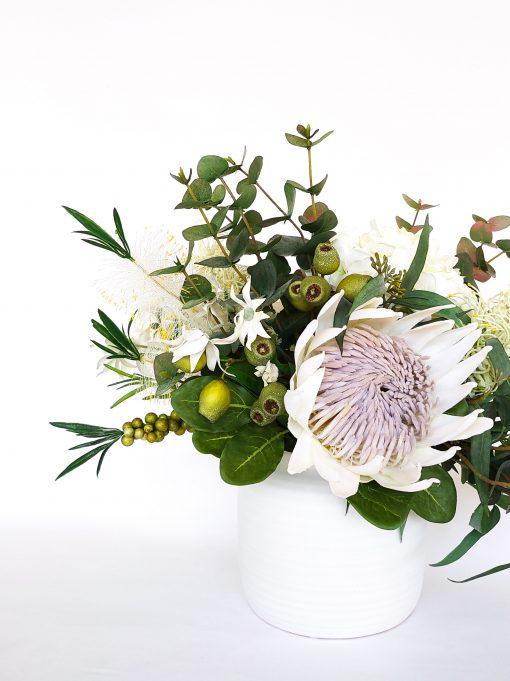 Faux-Native-flower-table-arrangement