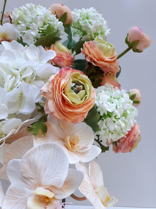 Real-touch-ranunculus