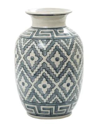 Maze-vase-hamptons-style-ceramic