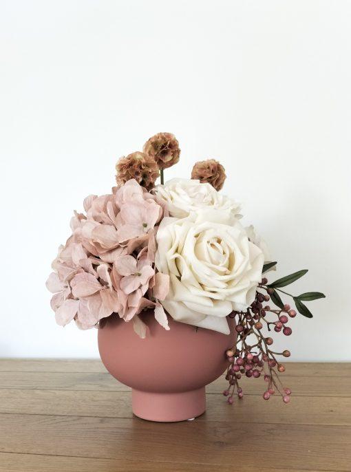 Dusty-Pink-Table-Arrangement