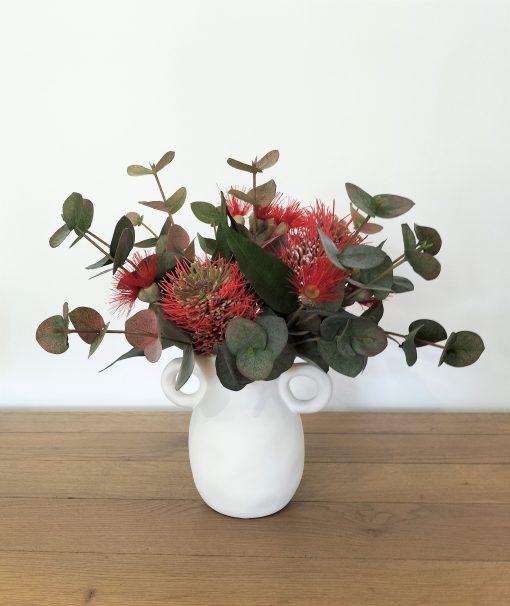 Coffee-table-christmas-arrangement