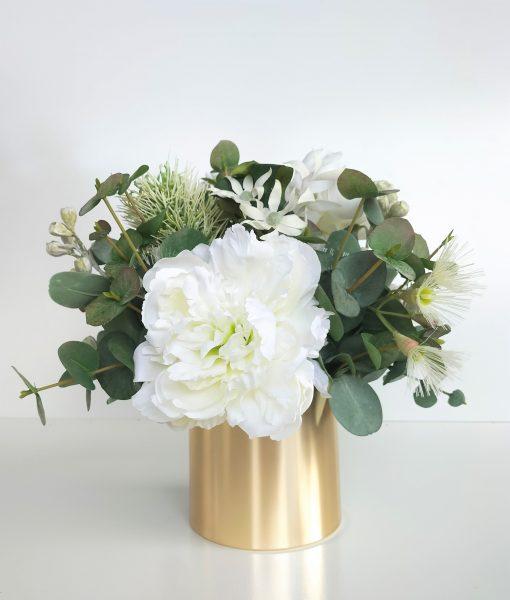 Artificial-Christmas-Flower-Arrangement