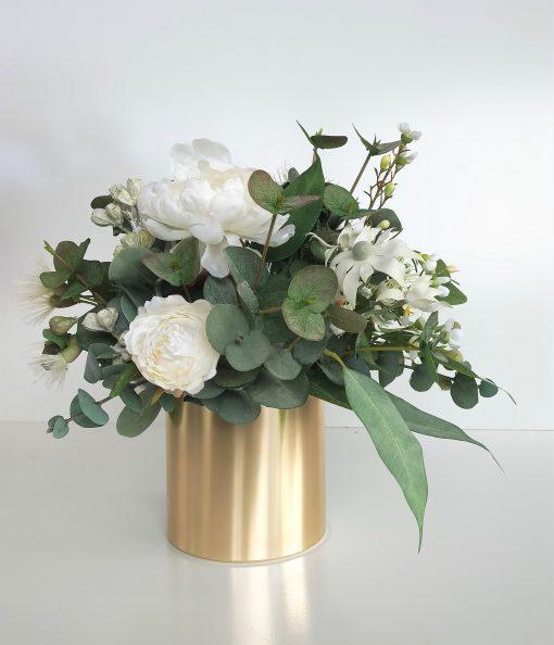 White-Green-Flower-Table-Arrangement