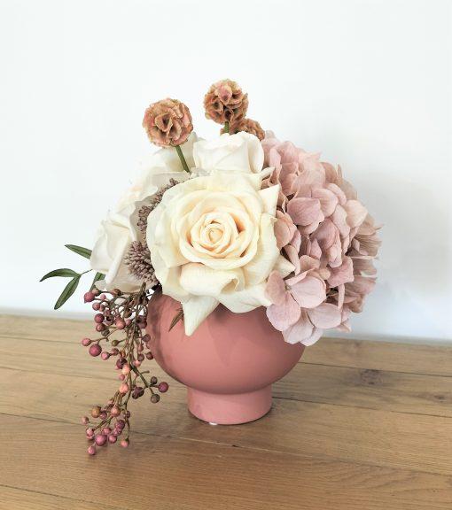 Dusty-Pink-flower-arrangement